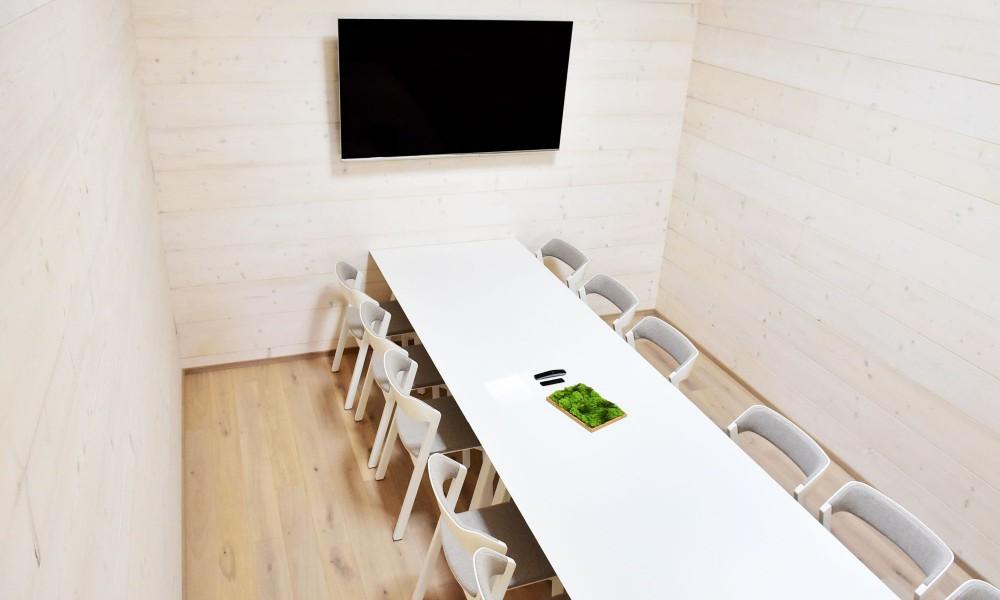 Interiérový dřevěný obklad masivním dřevem